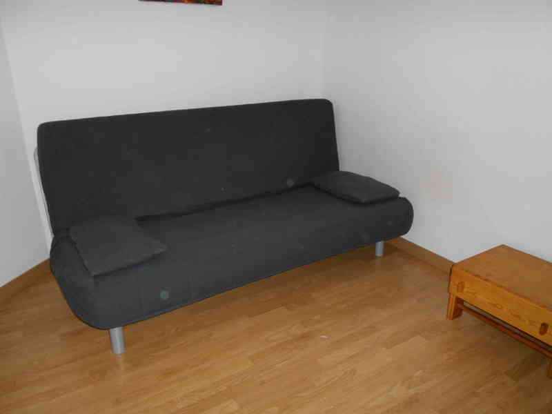 Regalo regalo sofa cama ikea barcelona catalu a for Busco sofa cama