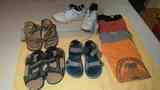 Deportivas, sandalias y camisetas para chico
