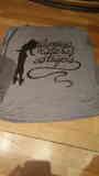 N° 03 - camiseta gris