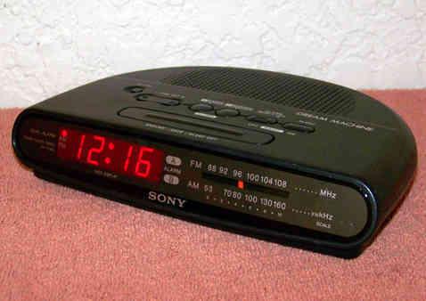 Radio-despertador «Sony Dream Machine» (a formentin)