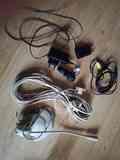 cables: cargadores nokia, cable línea telefónica y otros