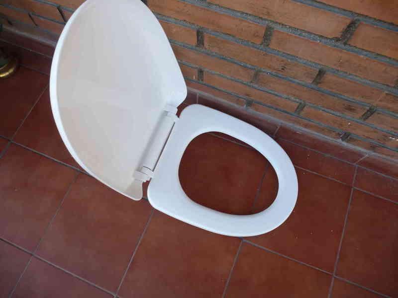 Tapa de retrete WC