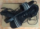 Sandalias chica color negro