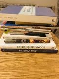 Varios libros de cocina y otros