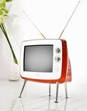 3 televisores de culo gordo y grandes.
