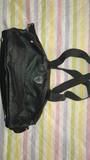 Regalo bolso bandolera solo se uso una vez, pero hay que cambiar la cremallera.