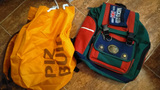 Mochila escolar y bolsa de tela