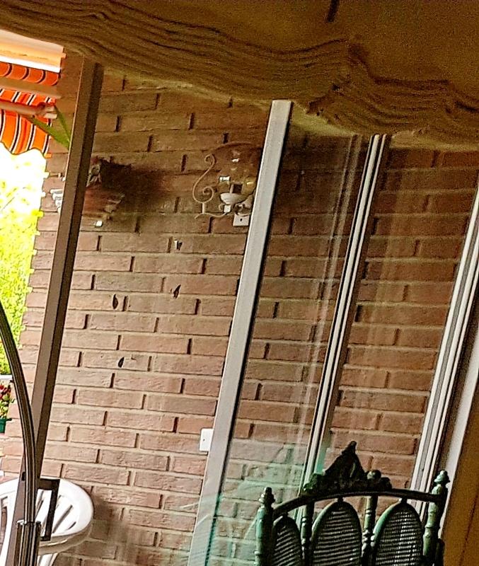 2 lámparas exteriores de pared