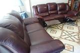 Dos sofás piel 2 y 3 plazas color marrón