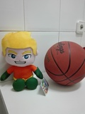 Regalo pelota de baloncesto mas muñeco