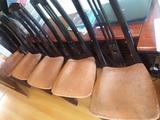 5 sillas negras
