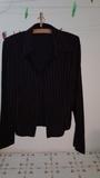 Camisa negra con rayas. Manga larga. Talla 48  (SelinaKyle)
