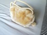 Regalo bolso beige (peluche). (butterfly17)