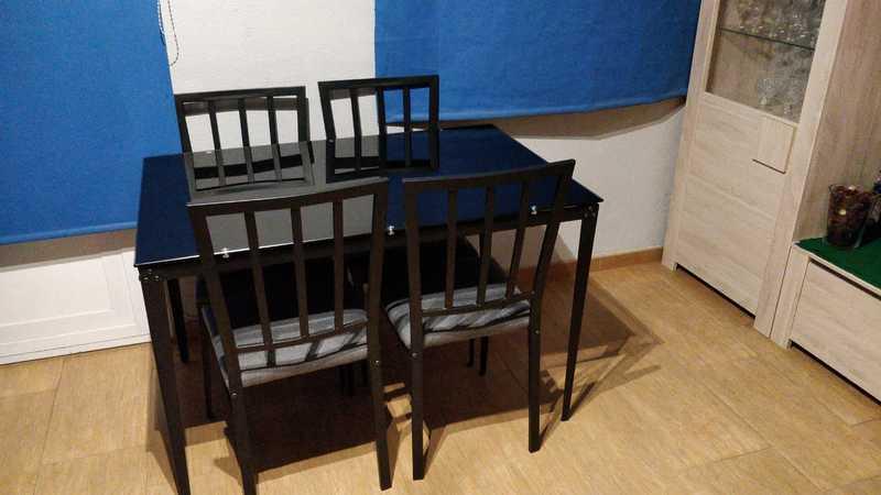 Regalo mesa y sillas urgente hoy