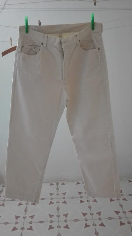 Pantalón caballero de pana, blanco roto. Talla 34