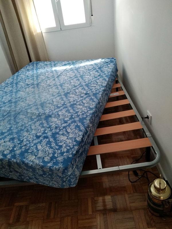Somier y colchón de 135x195