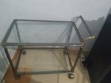 Regalo mesa de cristal con ruedas
