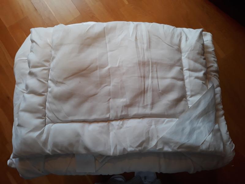 Almohada y nórdico de cuna