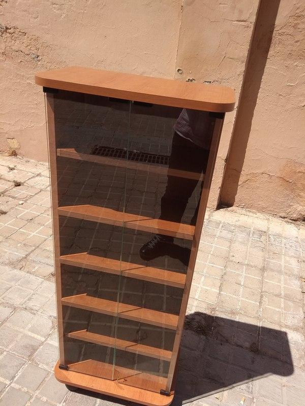 Regalo este mueble ya desmontado sin las puertas