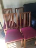 Regalo 4 sillas en buen estado