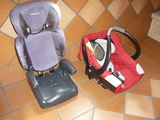 Dos sillas de niño-bebe