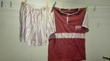 Pijama niñ@s rojo con rayitas. talla 12