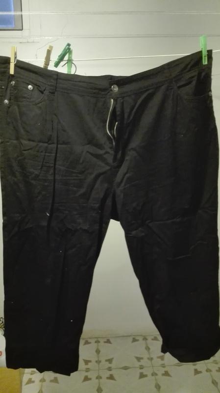 Pantalon negro Talla 60