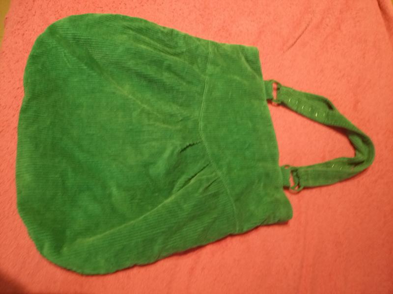 Bolsa verde de pana