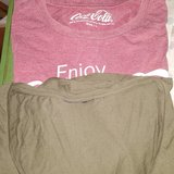 Dos blusas talla L