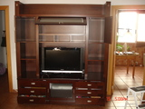 Mueble de comedor. Espacio para TV, vajilla, libreria, DVD, CDs. Perfecto estado.