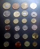 Lote de monedas extranjeras. Lee todo.