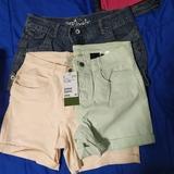 Tres pantalones talla 14