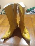 Botas amarillas Talla 39