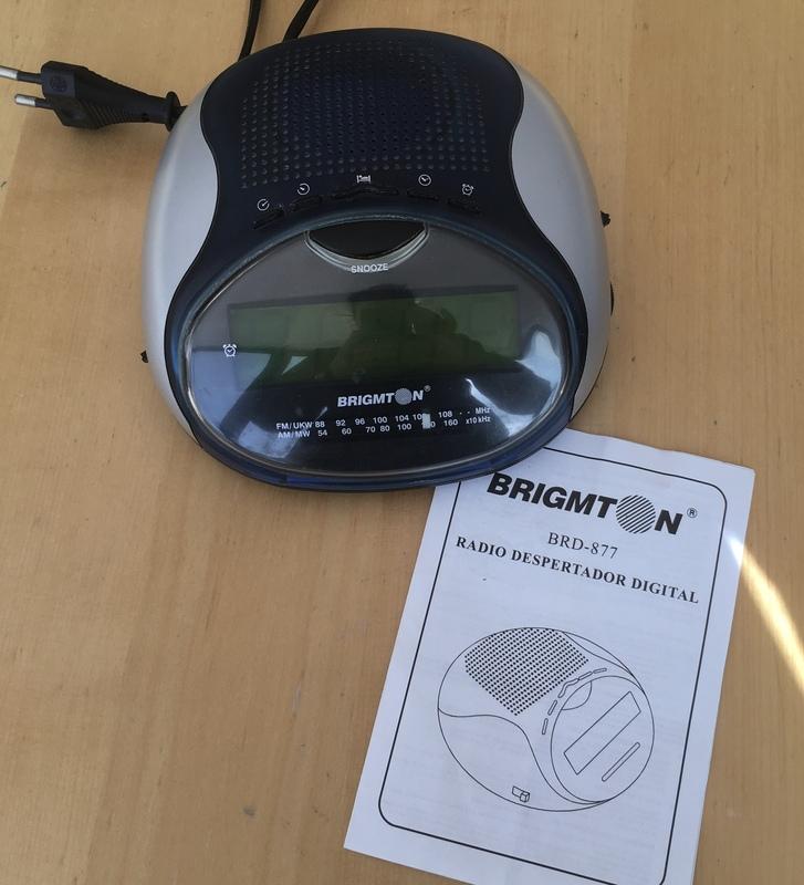 Regalo radio-despertador digital
