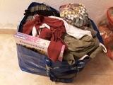 Regalo bolsa con ropa de niña 6 años y para una mami de talla 40