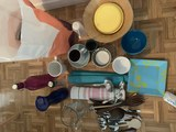 Regalo utensilios de cocina, tazas, etc.