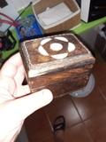 Cajita de madera decorada