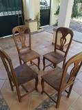 Regalo 4 sillas de madera