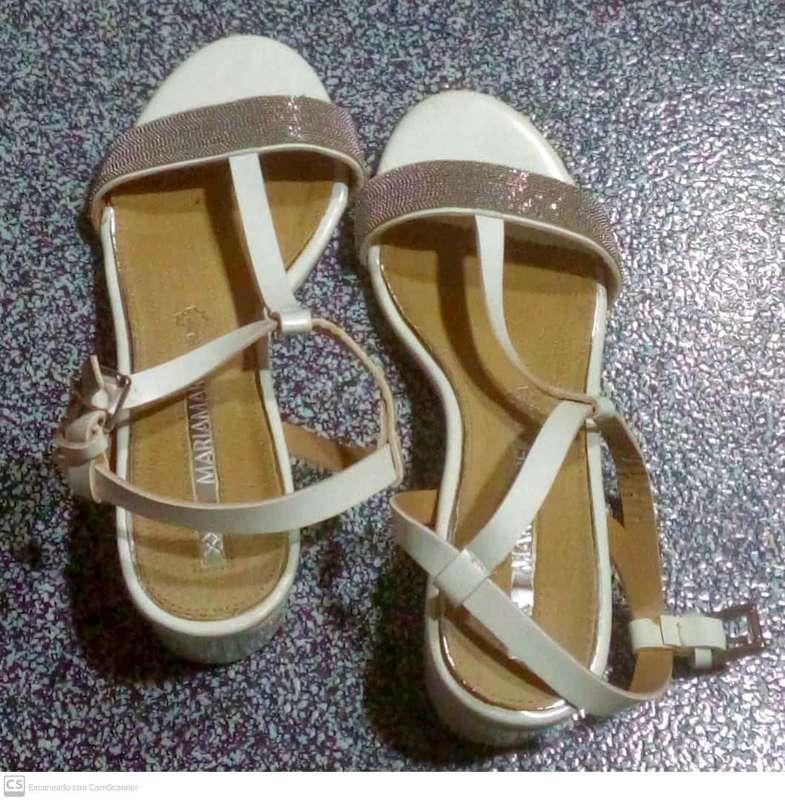 Sandalias blancas n° 37