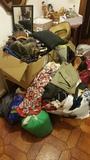 Regalo, ropa L, y M. Zapatos talla 37, cinturones, juguetes etc.