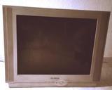 Regalo TV y pantalla de ordenador