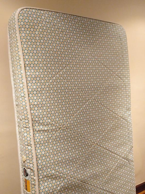Regalo colchón de 90x180 cm