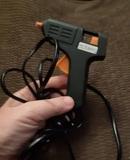 Pistola de pegamento para manualidades