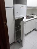 Regalo frigorífico, segunda mano en uso. Zona Glorieta Embajadores