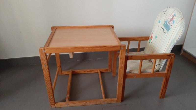 Trona/Mesita y silla de niño/a