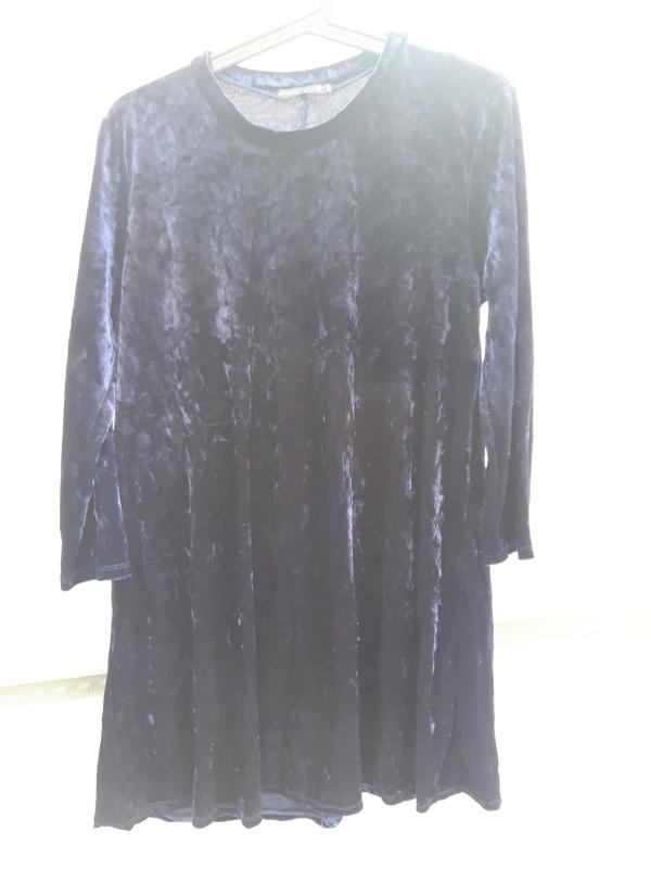 50. Vestido terciopelo azul marino