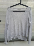 62.Jersey gris clarito