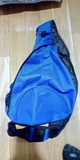 Mochila bandolera azul