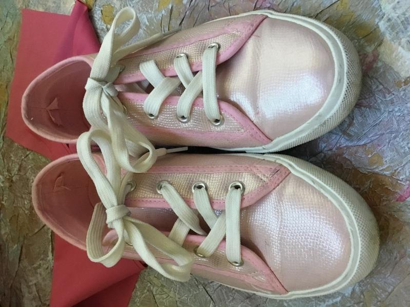 Deportivas talla 37-37,5, color rosa anacarado/metalizado