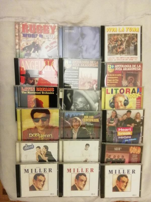 18 CDs variados